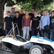 Mariborski študentje razvijajo avtonomno vozilo